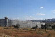 3 Wall around Bethlehem_701_526_100