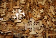 7 Olivewood crosses_746_497_100