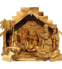 small-nativity-carved-faces7