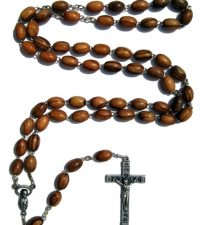 olive-wood-rosary
